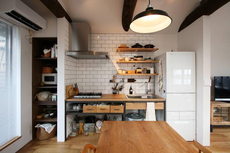 キッチン: 一級建築士事務所expoが手掛けた家です。