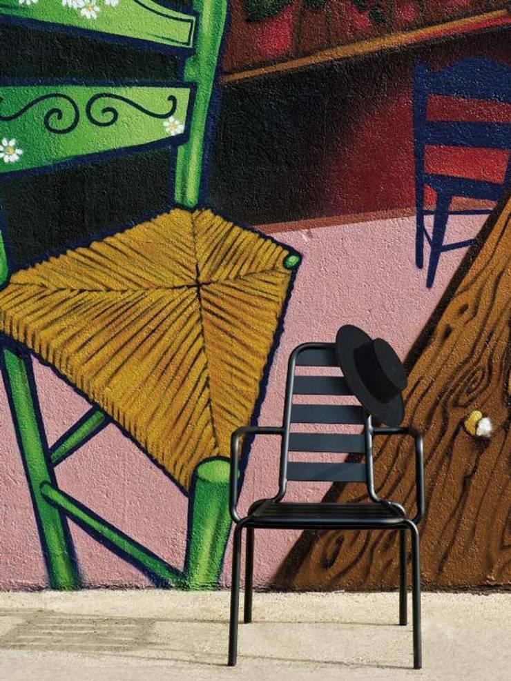 Sillon Menu: Jardín de estilo  de  Alaire
