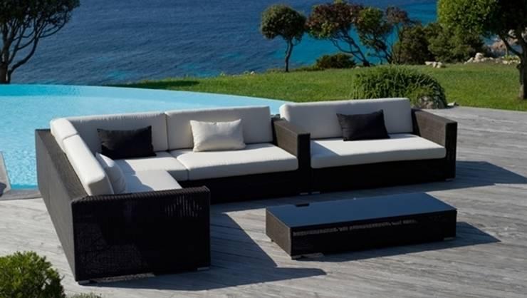 Sofa Belmont: Jardín de estilo  de  Alaire