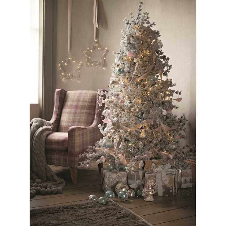 Christmas Lifestyle:  Living room by M&S