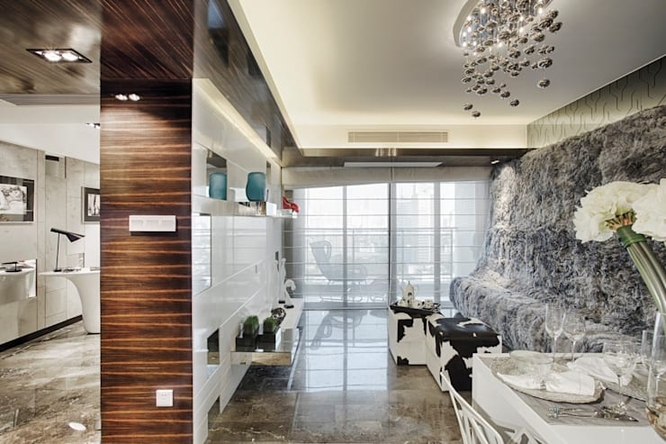 Literati Mansion | Guangzhou, China (ShowFlat):  Living room by Another Design International