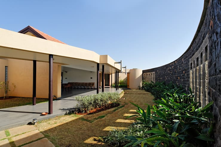 FARM HOUSE FOR MR. BAPAT BAGVE:   by ENVIRON PLANNERS