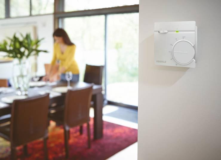 Raumtemperaturregler RTR 9000 von EBERLE Controls::  Wohnzimmer von EBERLE Controls