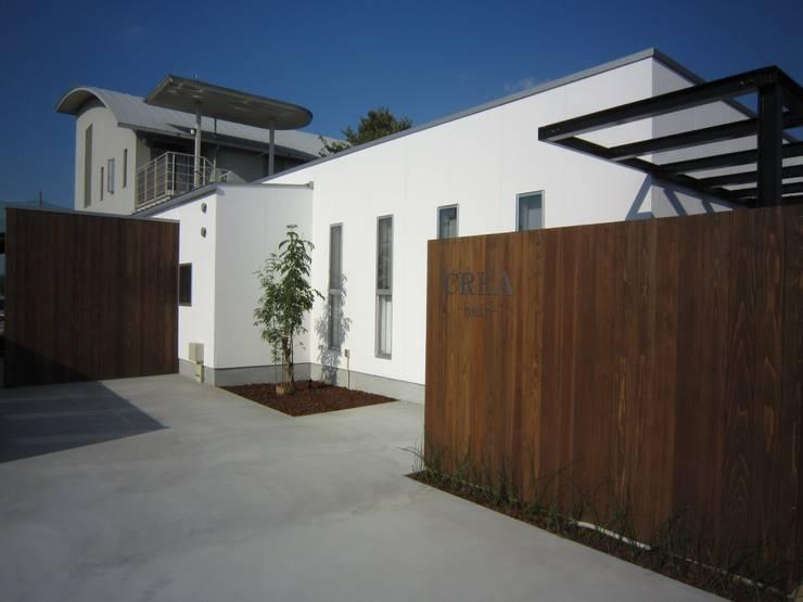 店舗外観: Arata Architect Studioが手掛けた商業空間です。