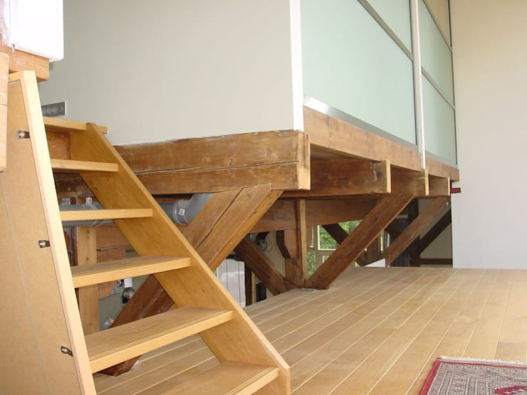verbouw en uitbreiding koeienschuur tot villa Moderne woonkamers van Friso ten Holt architect Msc lid BNA - Studio Abbestede Modern