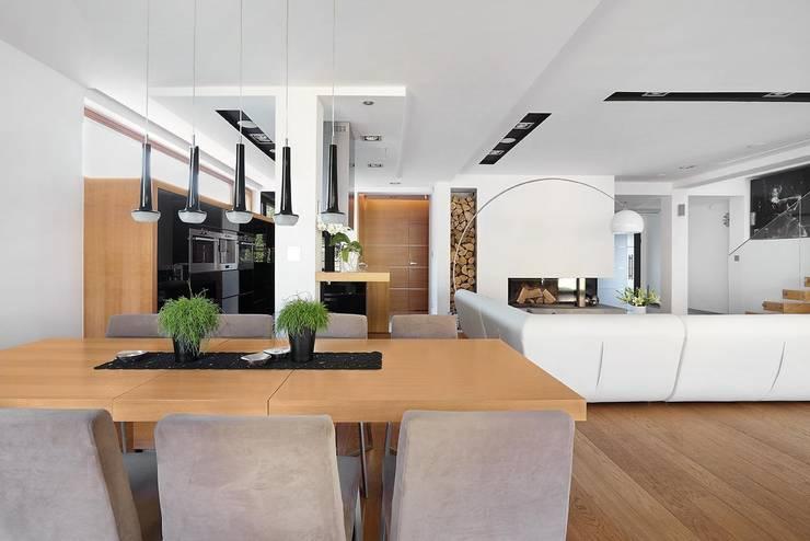 IQube House_: styl , w kategorii Jadalnia zaprojektowany przez ARCHiPUNKTURA .architekci detalu