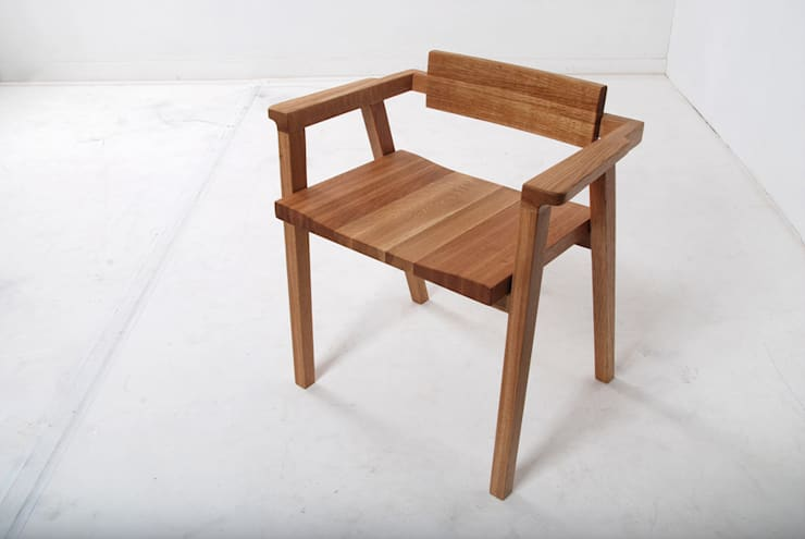 DESK SET: Woodstudio MAUM의 현대 ,모던