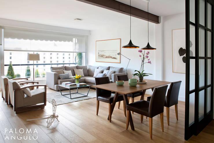 Projekty,  Salon zaprojektowane przez Interiorismo Paloma Angulo