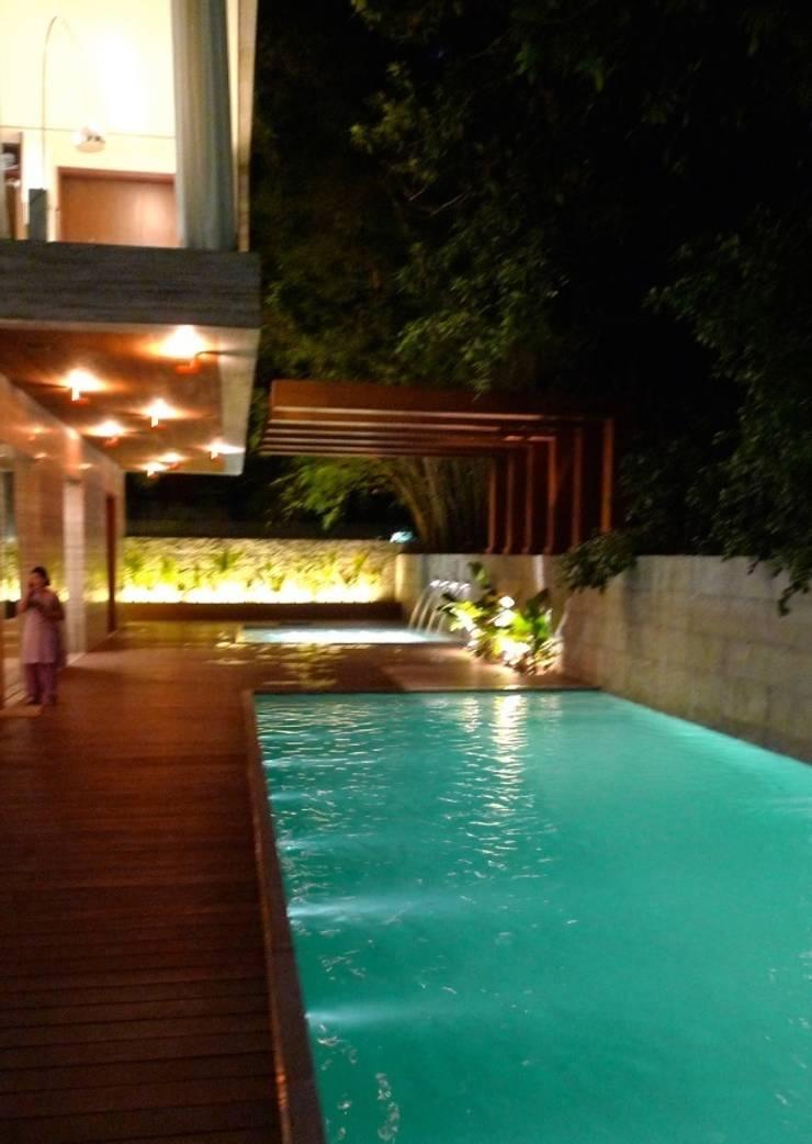 Art House, New Delhi. India :  Pool by Morphogenesis
