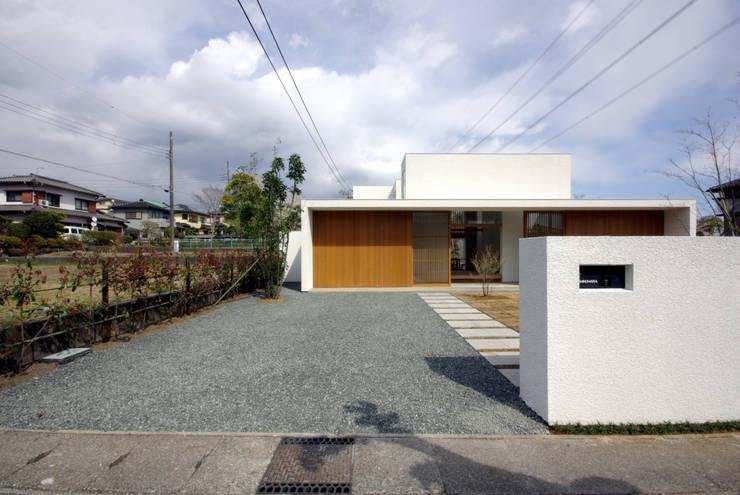 Casas modernas por CASE DESIGN STUDIO