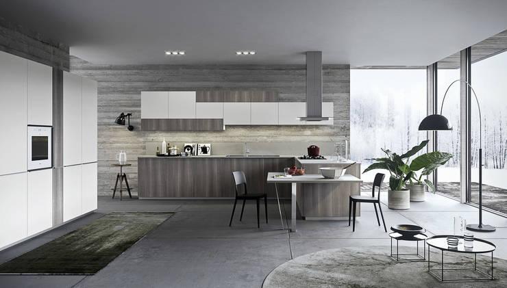 ONE_K linear: Cucina in stile  di Siloma srl,