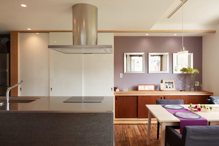 翠を望む家: ATELIER TAMAが手掛けたキッチンです。
