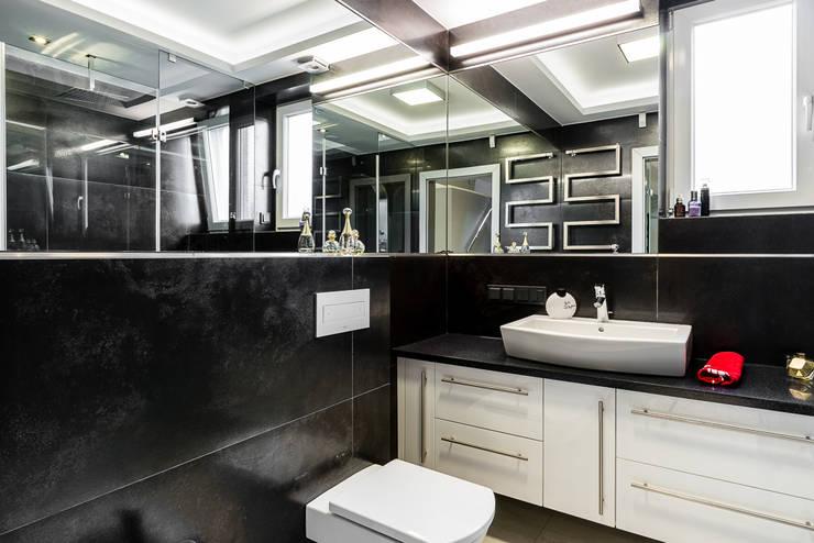 Toaleta gościnna: styl , w kategorii Łazienka zaprojektowany przez Agnieszka Makowska