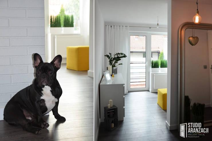 Metamorfoza ul. Krapwicka Opole: styl , w kategorii Salon zaprojektowany przez Studio Aranżacji Agnieszka Adamek
