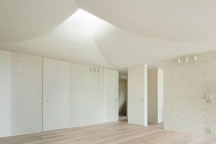 「自然と人のあいまに」: 根津武彦建築設計事務所 / Takehiko Nez Architectsが手掛けたです。