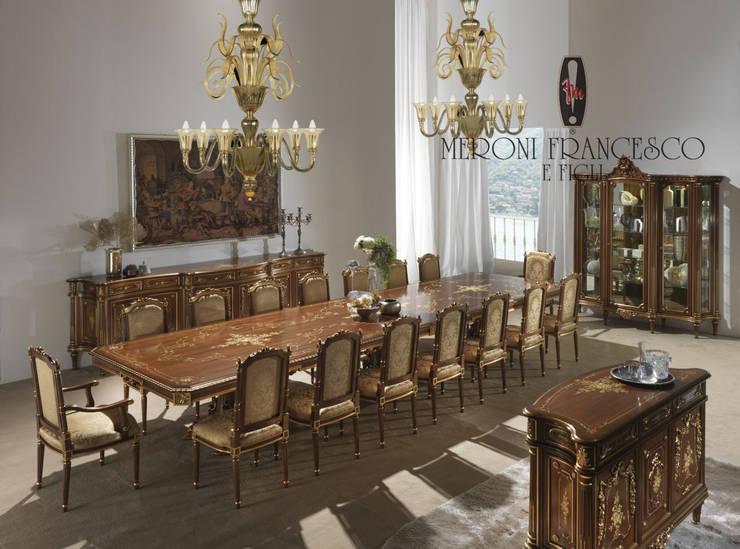 Mod. S.200 Coll. Ruban: Sala da pranzo in stile  di Meroni Francesco e Figli ,