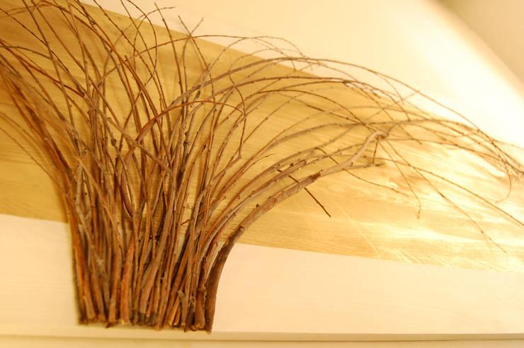 YANAGI: Soggiorno in stile  di Arch. Laura Cera | KERA ecodesign