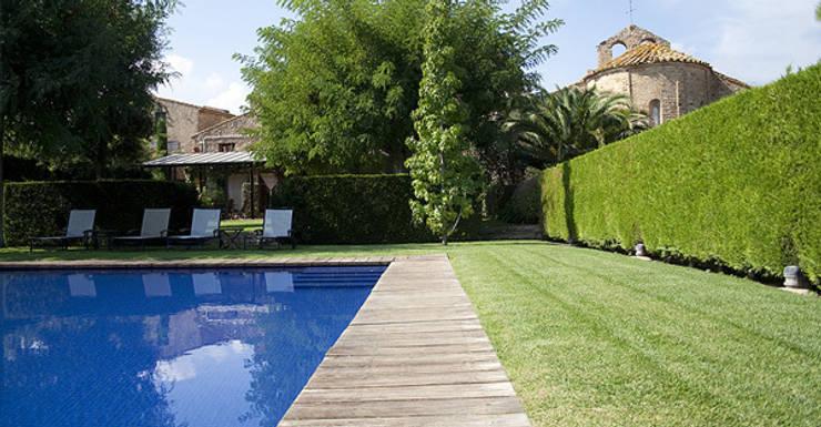 mediterranean Pool by Isa de Luca