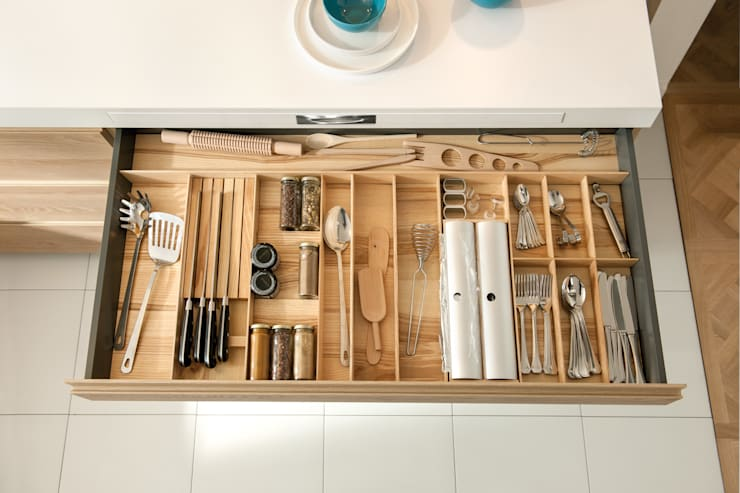 Smarte Stauraumhelfer von SCHMIDT Küchen:  Küche von Schmidt Küchen