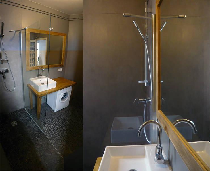 Mood Board: Salle de bains de style  par CRISS CROSSING