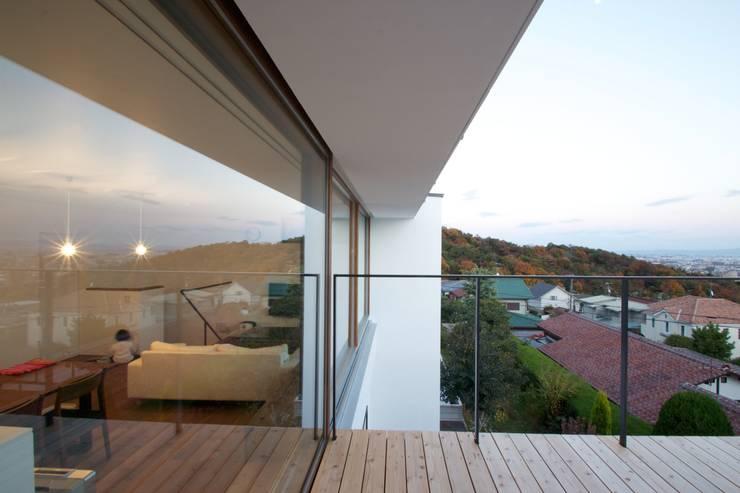 ルーフバルコニー: SeijiIwamaArchitectsが手掛けた家です。