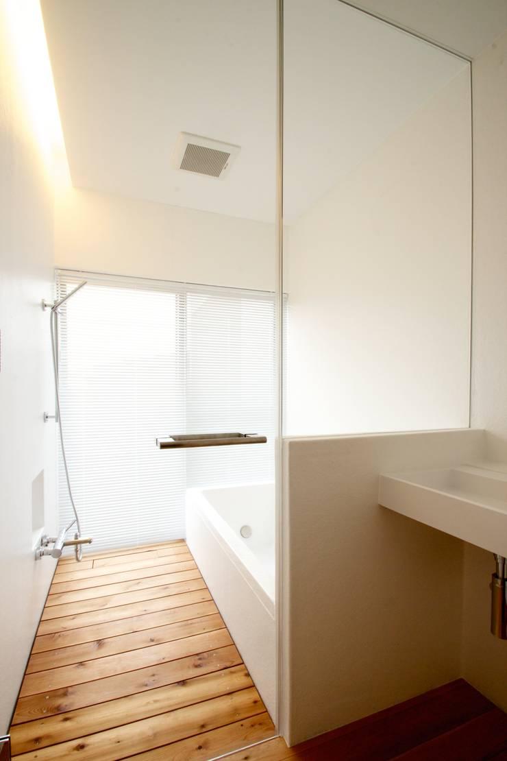 浴室: SeijiIwamaArchitectsが手掛けた家です。