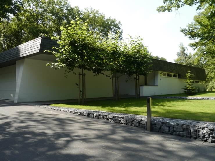 Villa Noorman van der Dussen:  Huizen door FD architecten
