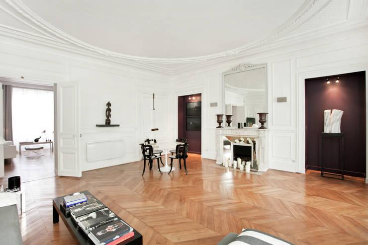 Appartement de 150m2 à Paris 10e:  de style  par Ouest Home