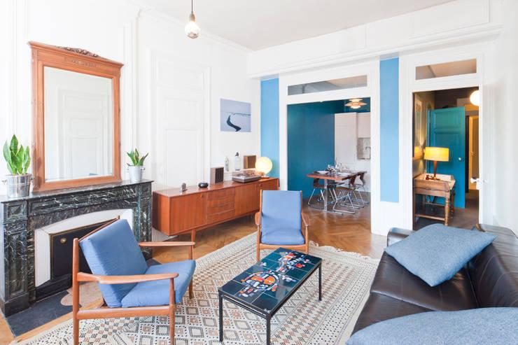 Appartement Lyon 04: Salon de style  par Tymeno