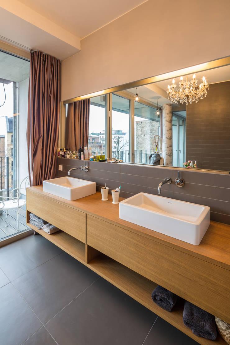 浴室 by ZOOMARCHITEKTEN,