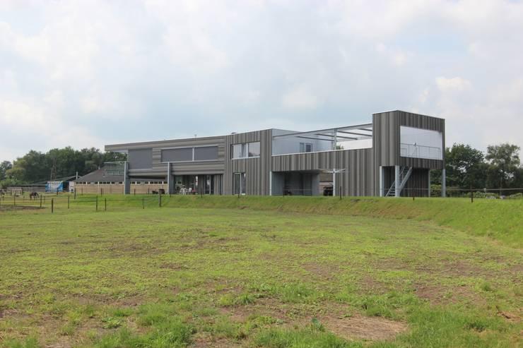 Woonhuis Ureterp:   door Architectenburo MA2