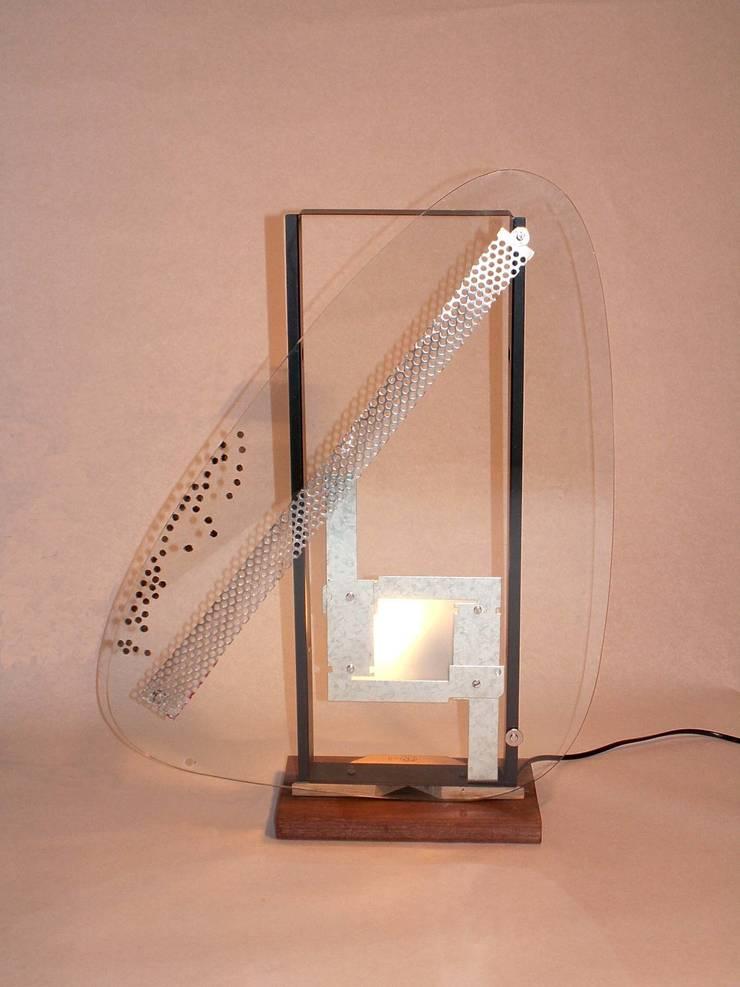 MIND LIGHT: Maison de style  par Michel Rouveure Lumière
