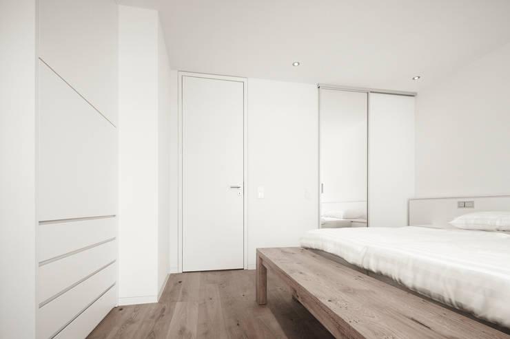 Livings de estilo moderno de HOME Schlafen & Wohnen GmbH Moderno