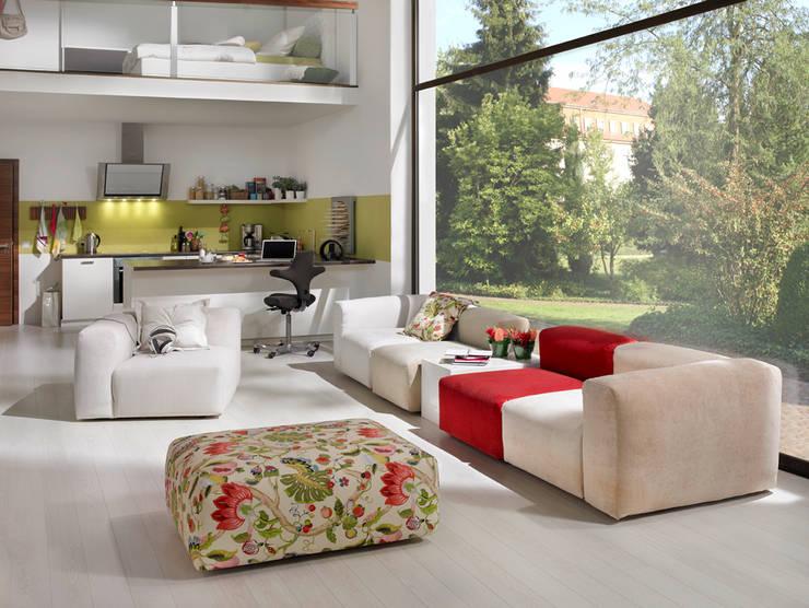 HOME Schlafen & Wohnen GmbH:  tarz Oturma Odası