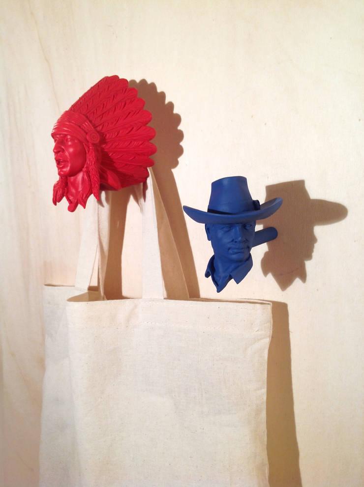 Patère Chief Red Cloud: Maison de style  par Bang Bang Kid