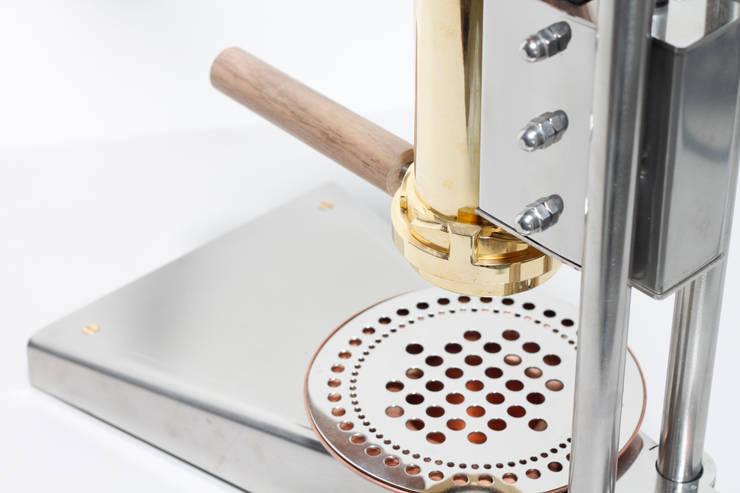 CT1 countertop espressomachine:  Keuken door Strietman espresso machines