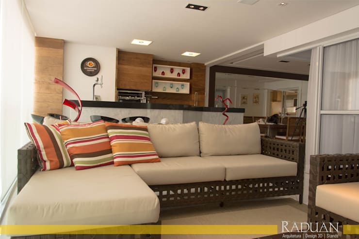 Terraço: Terraços  por Raduan Arquitetura e Interiores