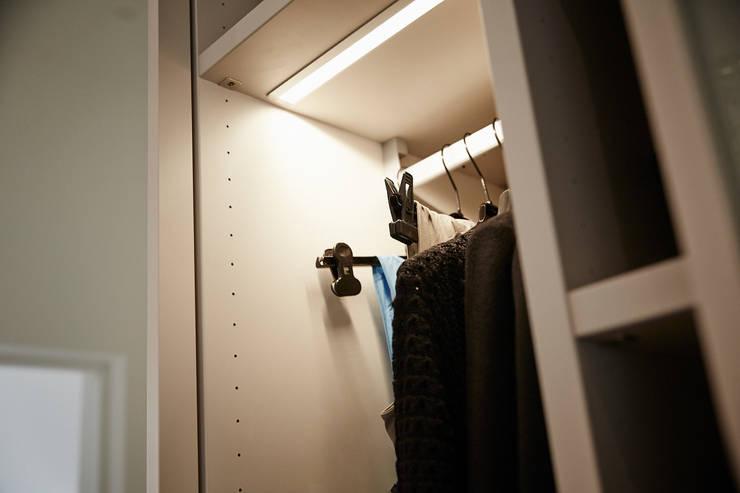 Referenzprojekt Schmalenbach Design:  Schlafzimmer von HOME Schlafen & Wohnen GmbH,Modern