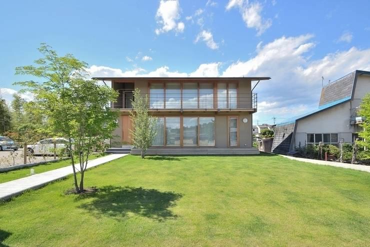 外観: TEKTON | テクトン建築設計事務所が手掛けた家です。