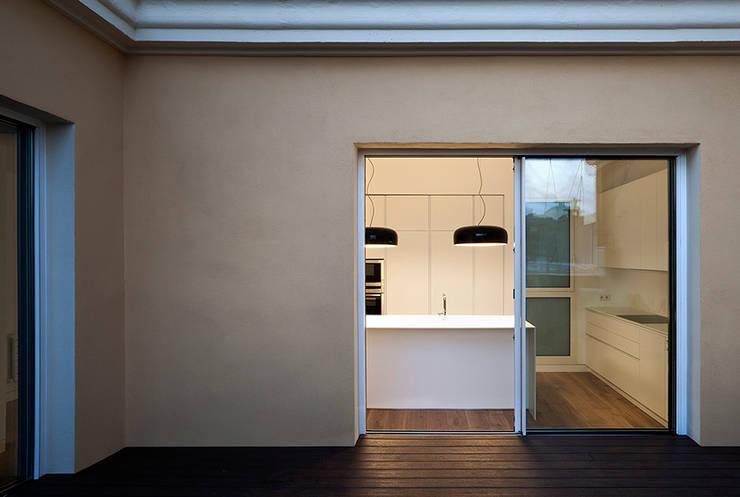 REFORMA DE ÁTICO: Terrazas de estilo  de DG Arquitecto Valencia