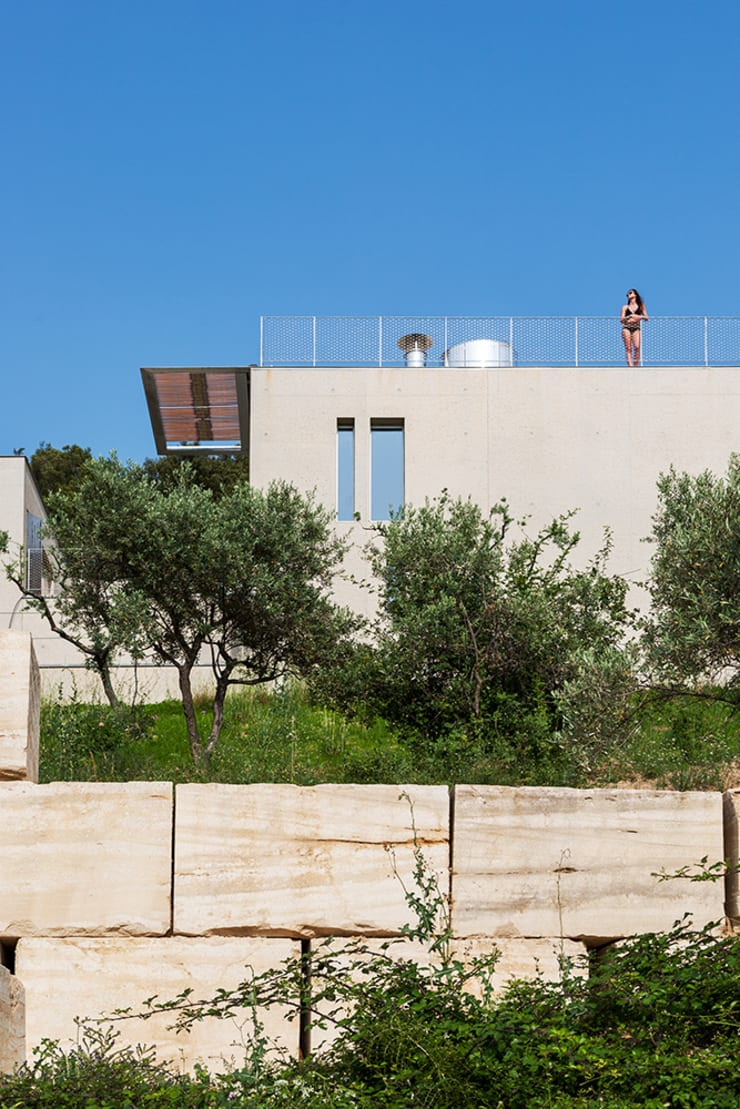 un mur habité: Maisons de style  par ateliers d'architecture JPB