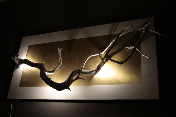 HIKARI: Camera da letto in stile in stile Eclettico di Arch. Laura Cera | KERA ecodesign