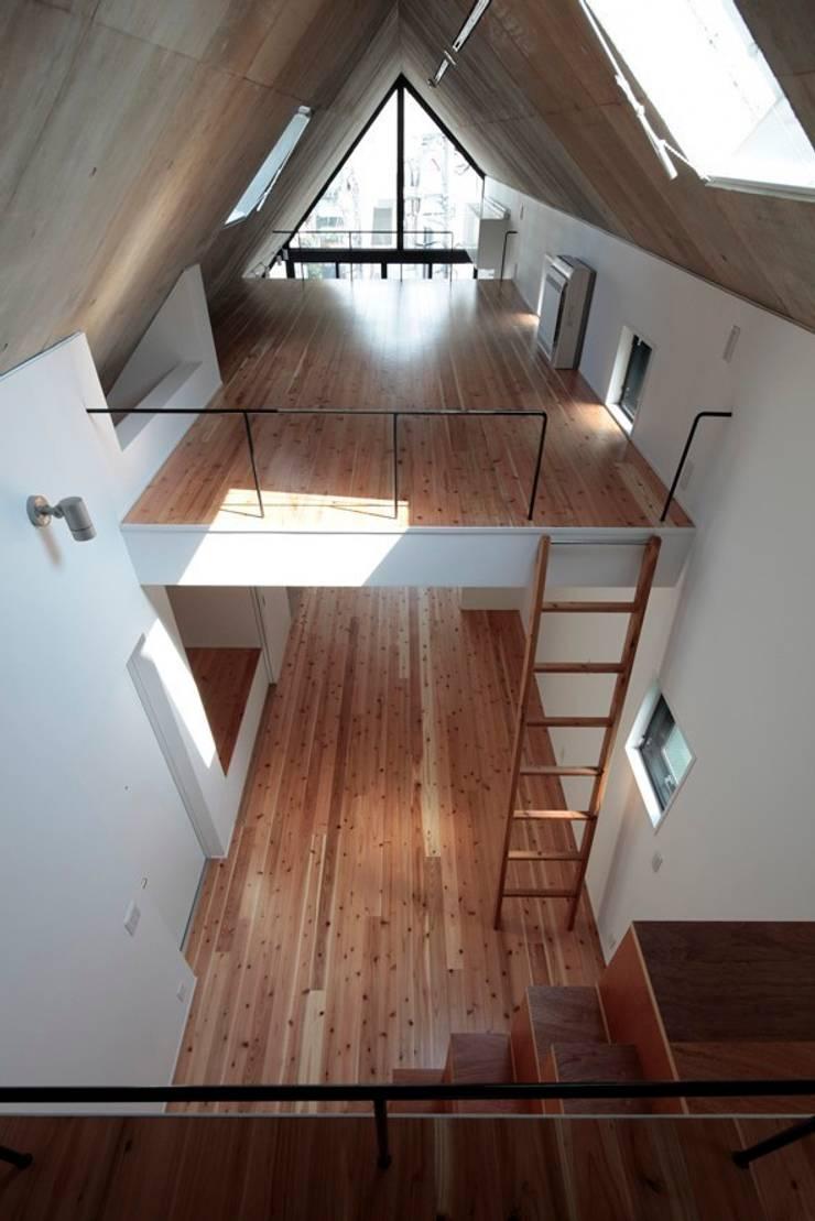 AOB BUILDING: ISSHO Architectsが手掛けたです。
