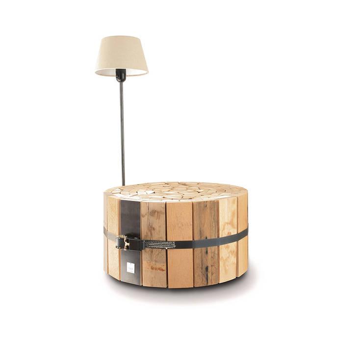 Couchtisch CR GTI:  Wohnzimmer von OLIVER CONRAD Studio
