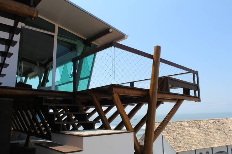 Residência JP: Casas  por zaniboni arquitetos