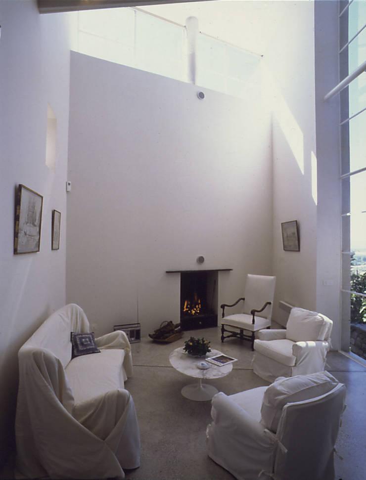 salon: Maisons de style  par ateliers d'architecture JPB
