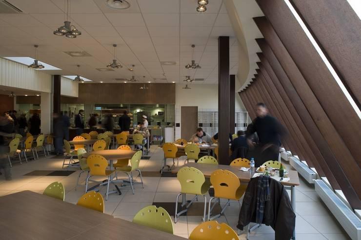 Centre de Rédaptation et Réeducation Professionnel à Sablé sur Sarthe:  de style  par PIÈCES MONTÉES