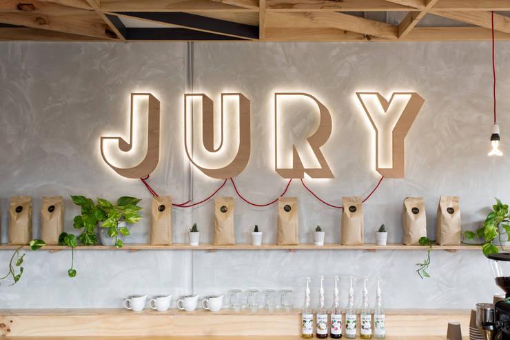 Restaurantes de estilo  por Biasol Design Studio
