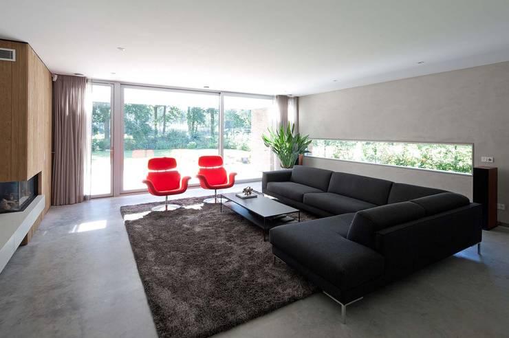 Joris Verhoeven Architectuur: modern tarz Oturma Odası