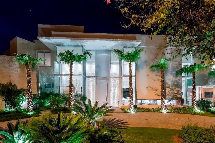 Casa 491: Casas  por Jannini & Sagarra Arquitetura,